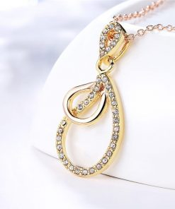 Collar de lujo con un diseño en forma de gota de agua accesorio de moda