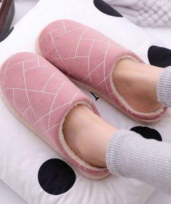 Pantuflas de algodón con un diseño geométrico para mujer