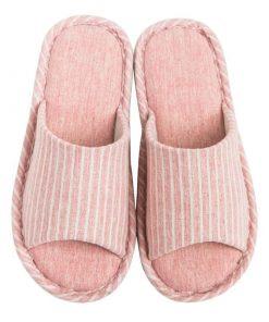Pantuflas de moda con diseño de rayas