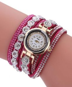Reloj para mujer con multicapa elegante