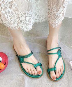 Sandalias con diseño de correa de spaghetti