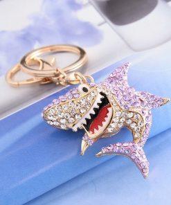 Llavero en forma de tiburón