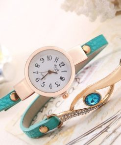 Reloj de pulsera con banda imitación piel y pulsera con diamante